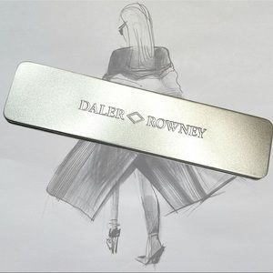 Daler Rowney Simply Pencil Sketching 8 Piece Tin Set